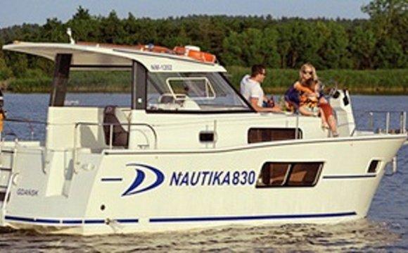 Nautika 830 27 Trawler Rental