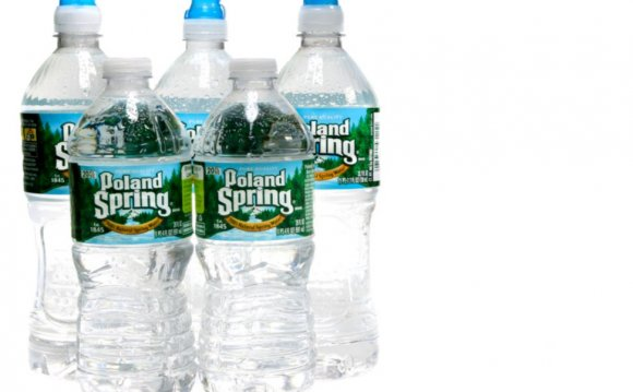 Poland Spring Water Bottle Set