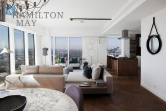 Luxurious two bedroom apartment in the prestigious Złota 44 developement